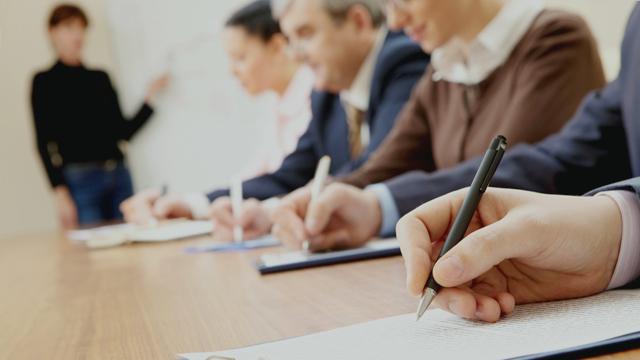 «Πρόσκληση εκδήλωση ενδιαφέροντος για απόσπαση (ή μετακίνηση) Διοικητικών υπαλλήλων πτυχιούχων Τμήματος Νομικής στο Αυτοτελές Γραφείο Νομικής Υποστήριξης της Περιφερειακής Διεύθυνσης Π/θμιας και Δ/θμιας Εκπαίδευσης Κρήτης»