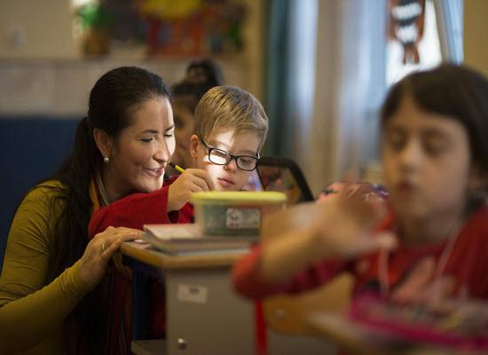 2.20-11-17 Ανακοινοποίηση: Παράταση υποβολής αιτήσεων μετάθεσης εκπαιδευτικών